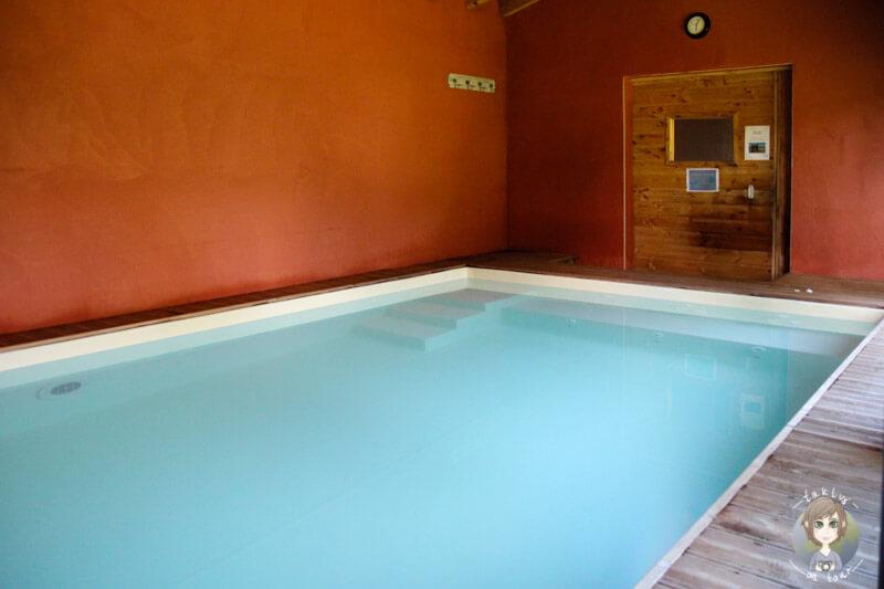 Indoorpool im Cosy Camp, Frankreich