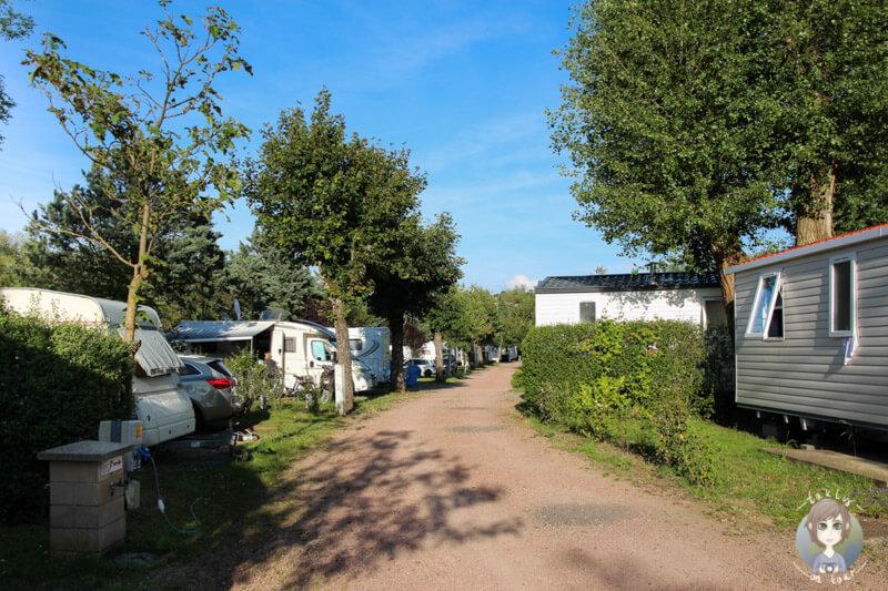 Stellplätze und Mobil Homes auf dem Campingplatz Nahe Vichy