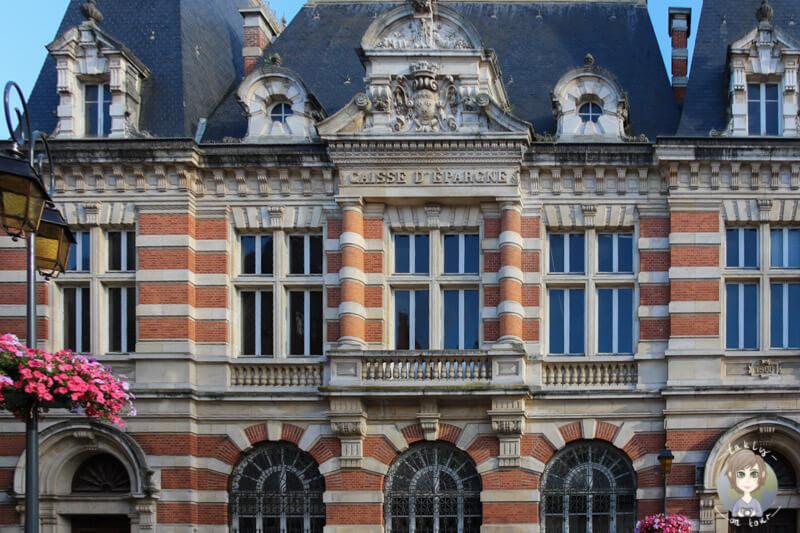 Wunderschöne Gebäude in Moulins