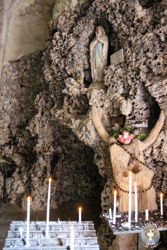 Madonna Lourdes in der Kirche von Charroux