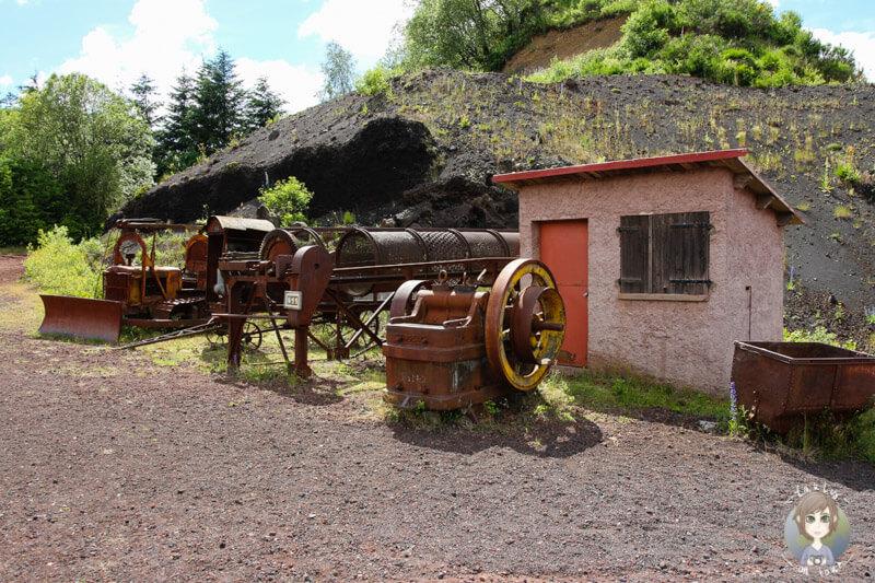 Maschinen und Werkzeuge, Volcan de Lemptegy