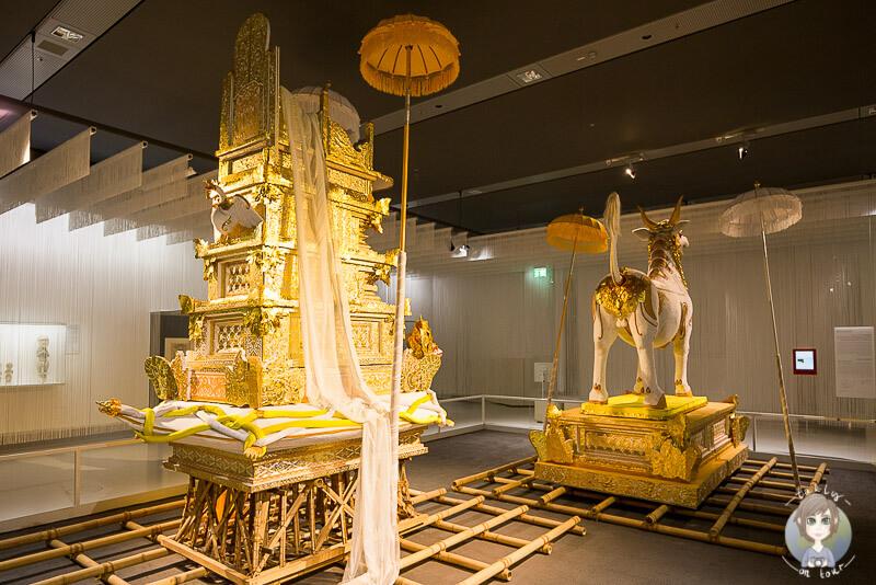 beerdigungszeremonien-in-museum-in-koeln