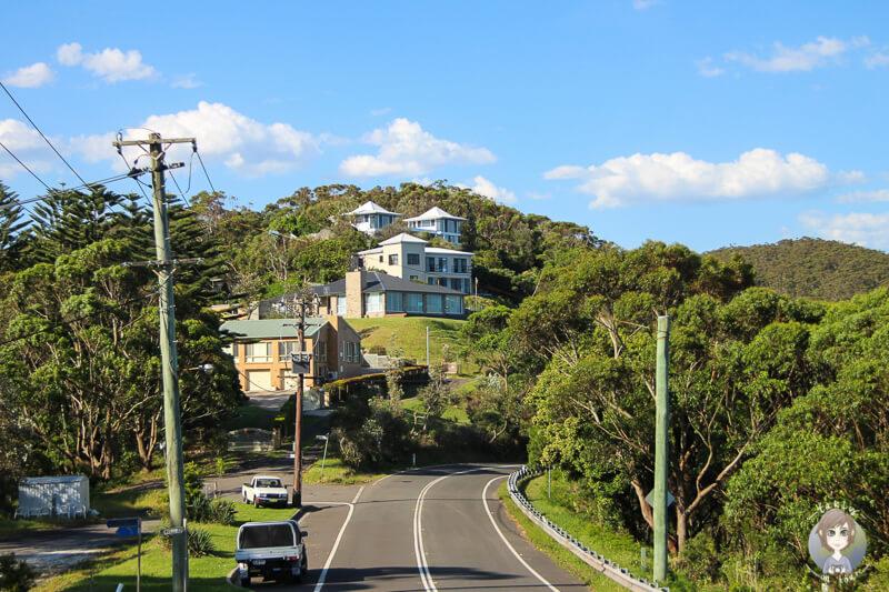 Schöne Häuser entlang der Strecke