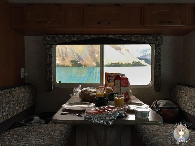 Pause im Wohnmobil mit toller Aussicht