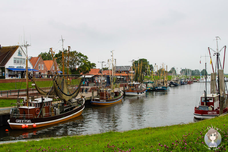 Blick auf den Hafen von Greetsiel, Ostfriesland