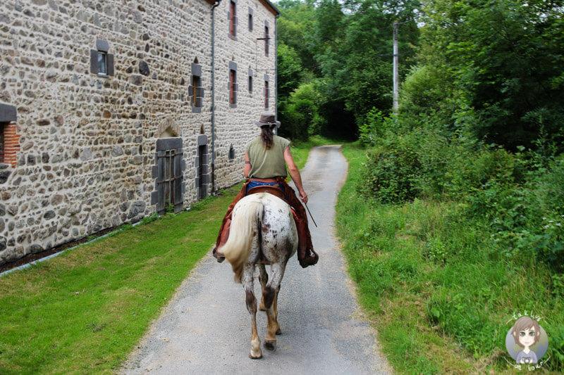Ausreiten in Charbonnières-les-Vieilles, Frankreich