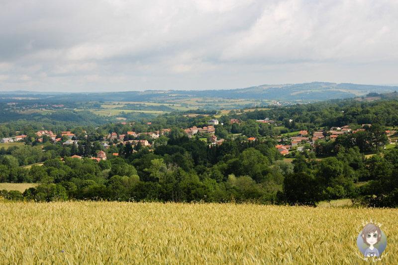 Die Landschaft rund um den Gour de Tazenat, France