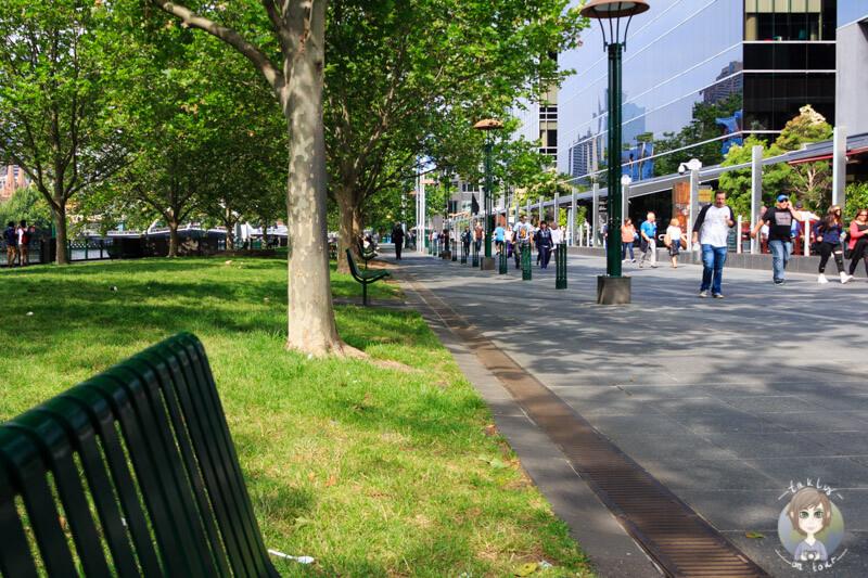 Die Yarra Promenade in Melbourne