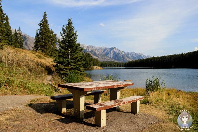 Ein Picknickplatz direkt am Johnson Lake ein toller Platz fuer eine kleine Auszeit vom Tag