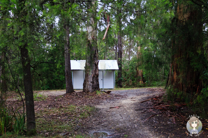 Toilettenhaus in der Thurra River Rest Area, Princes Highway, NSW