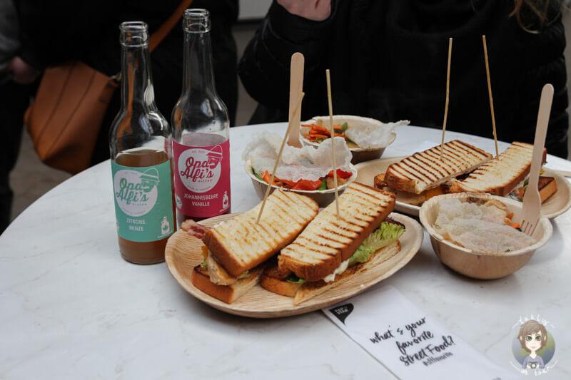 Leckeres Essen von Federvieh auf dem Kölner Street Food Festival