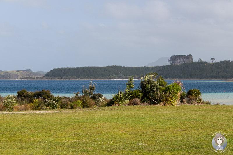 Blick auf den schönen Lake Taharoa, am Pine Beach