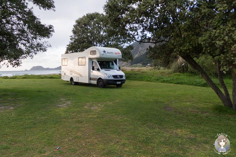 Freedom Camping in der Tokomaru Bay, Gisborne, Neuseeland