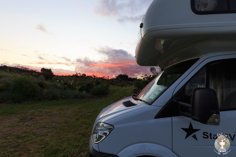 Sonnenuntergang auf dem Uretiti Beach DOC Campground