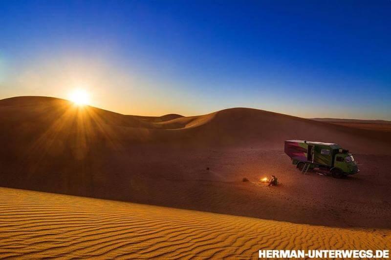Campen im Erg Lihoudi, Marokko - herman unterwegs