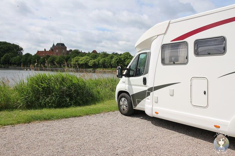 Parken mit dem Wohnmobil in Nysted am Hafen