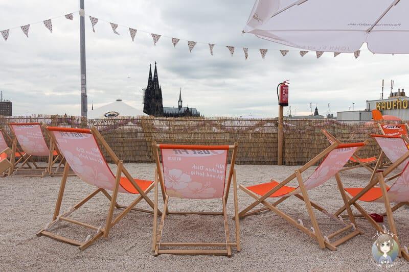 Die Strandbar Sonnenscheinetage - Beachbar einer Sehenswürdigkeit in Köln