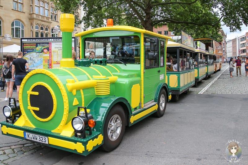 Fahrt mit der Bimmelbahn zu Sehenswürdigkeiten in Köln