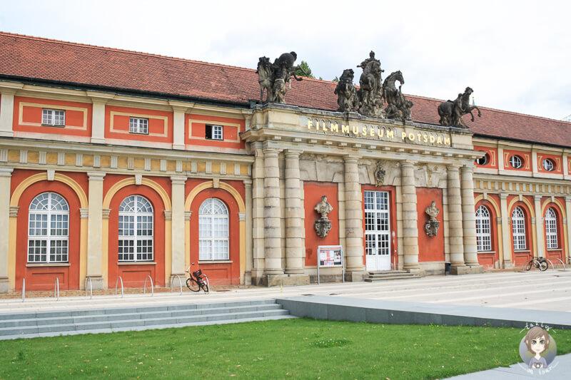 Das Gebäude vom Filmmuseum in Potsdam