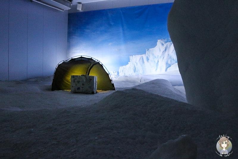 Ein Zelt in der Arktis im Museum Klimahaus in Bremerhaven