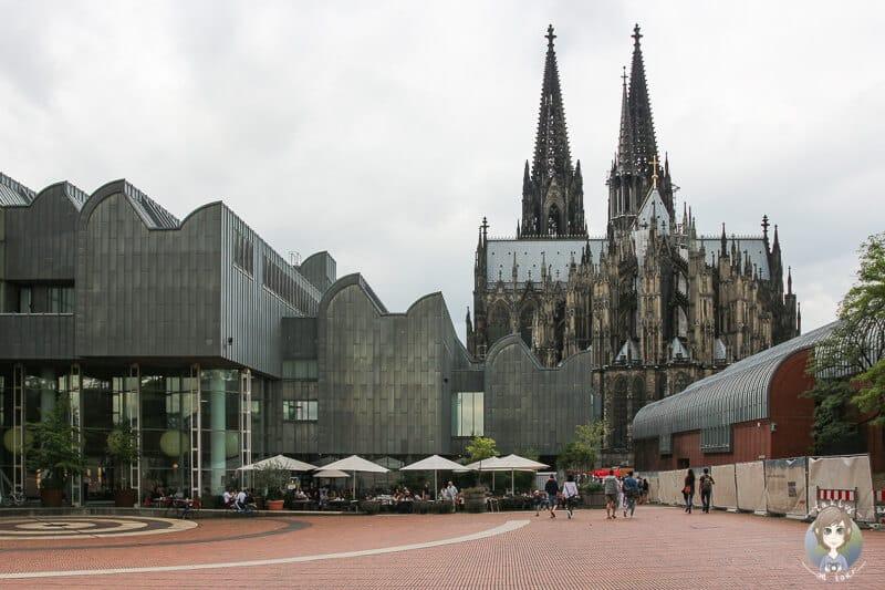 Philharmonie und Dom zwei Sehenswürdigkeiten von Köln