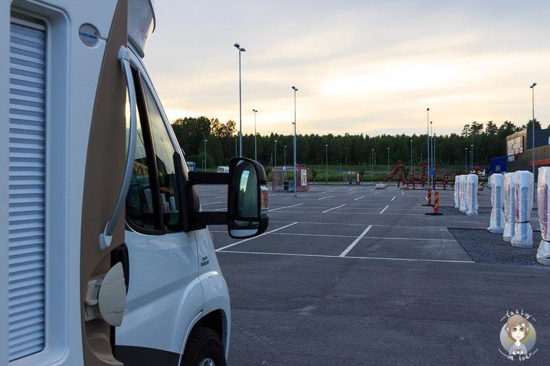 kostenloser Stellplatz in Tanumshede, Blick auf den Parkplatz