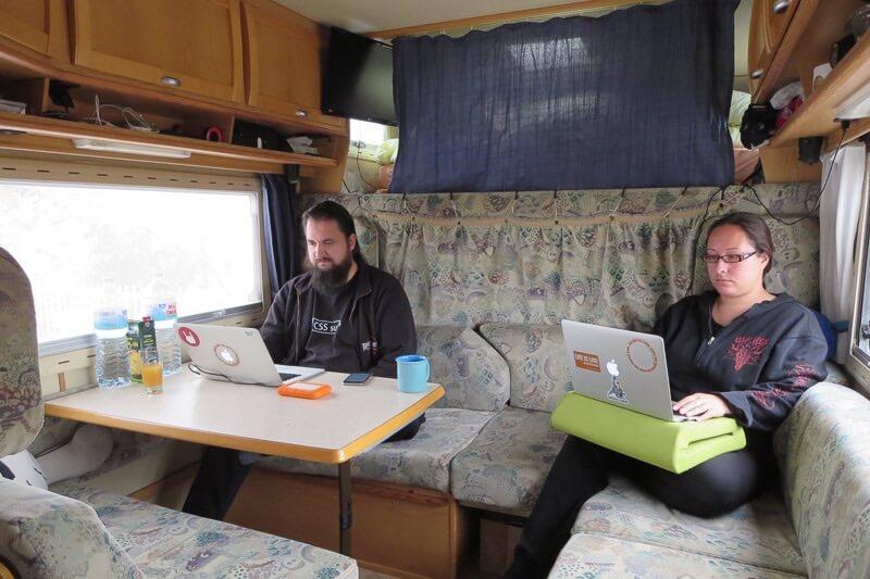 Arbeiten unterwegs im Wohnmobil