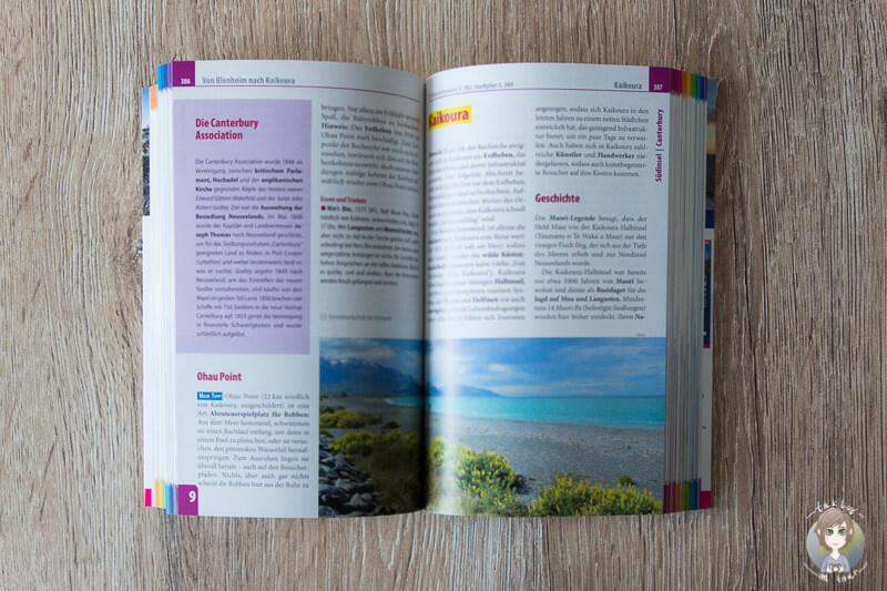 Aufgeschlagener Reisefuehrer von Neuseeland vom Reise Know How Verlag