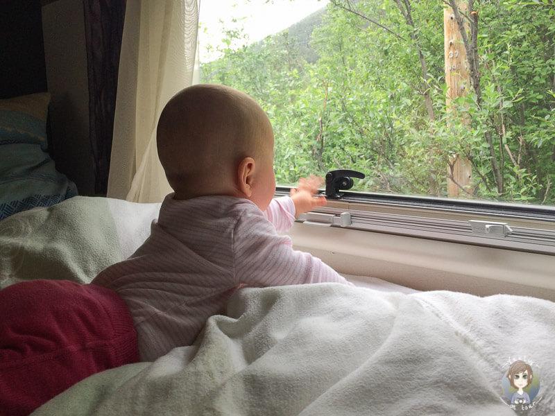 Baby im Wohnmobil • Was gibt es zu beachten?