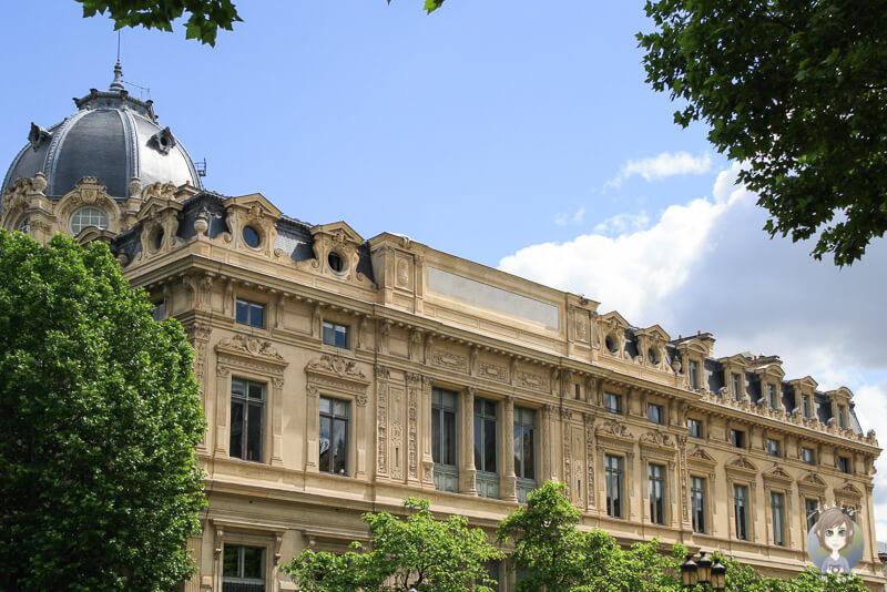 Schoenes Gebauede Paris