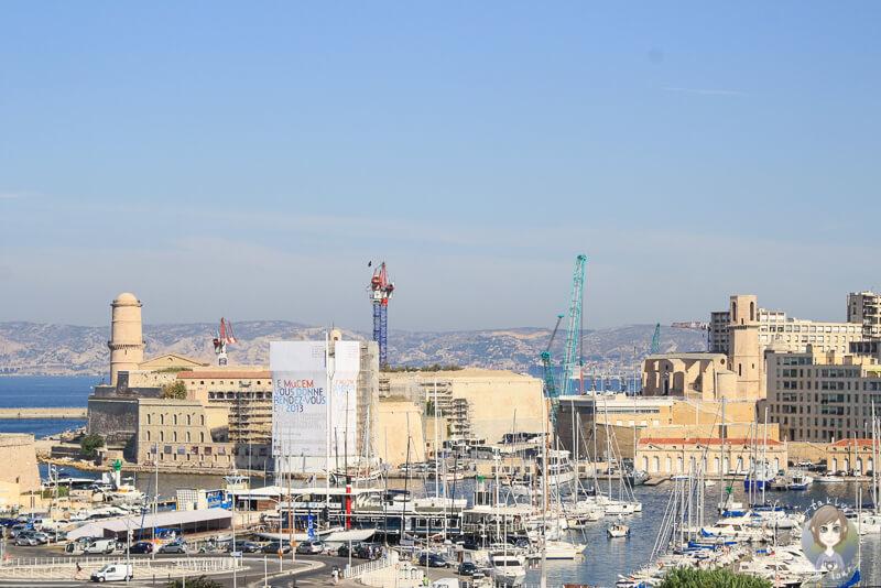 Blick auf den Hafen in Marseille
