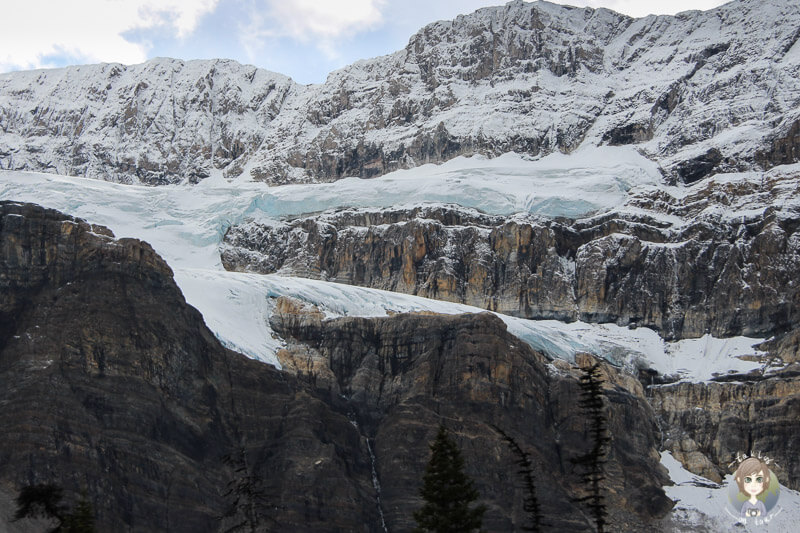 Crowfoot Glacier Alberta