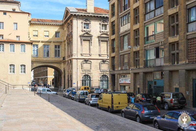 Haeuser am Place de la Mairie in Marseille