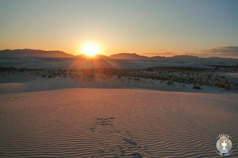 White Sands National Monument bei Sonnenuntergang