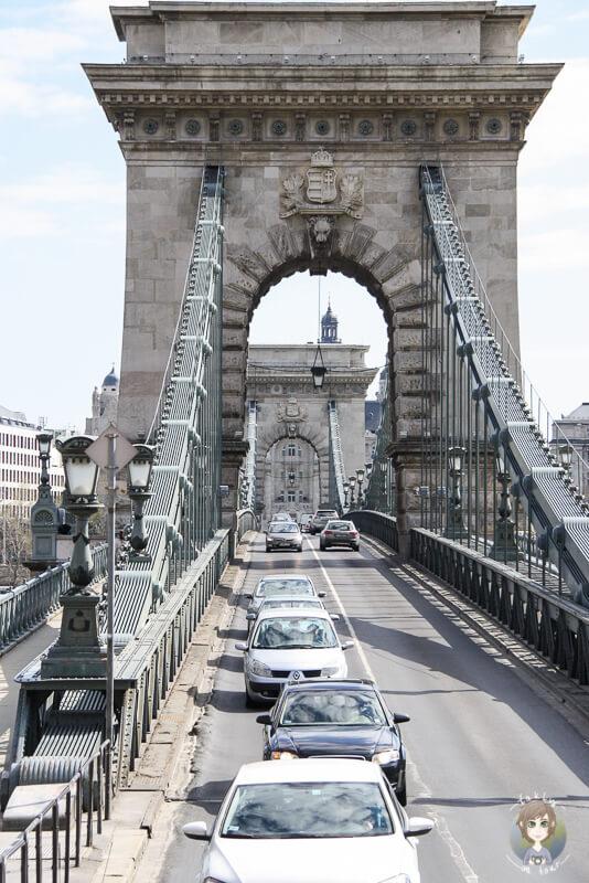 Verkehr Kettenbruecke Budapest