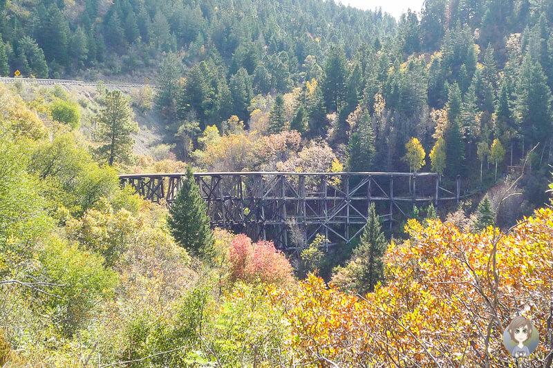 Eine alte Eisenbahnbruecke ist das Wahrzeichen von Cloudcroft