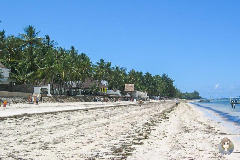 Der Bamburi Beach in Mombasa