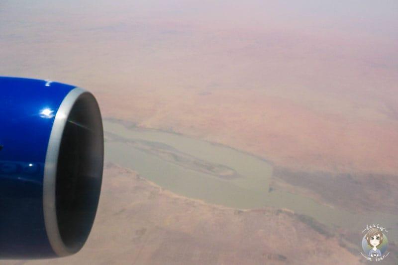 Blick aus dem Flugzeug über Afrika
