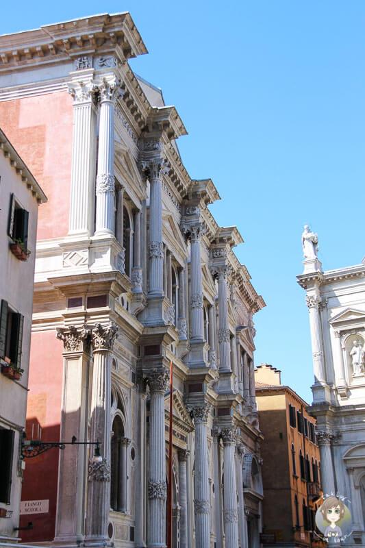 Auf dem Campo San Roco in Venedig