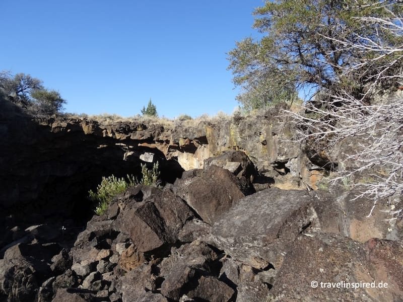Lavagestein im Lava Beds National Monument - Westküste USA - Tipp von travelinspired <i>Foto: ©Kathrin & Kristin Haase</i>