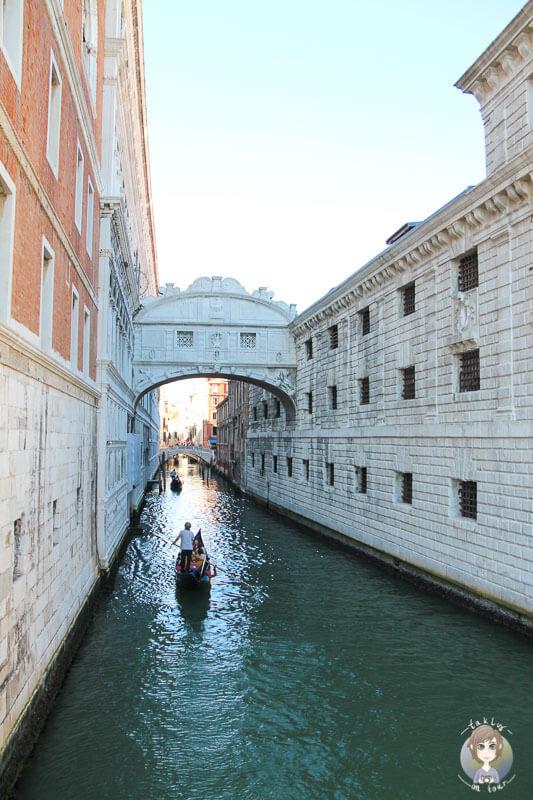Die Seufzer Brücke in Venedig