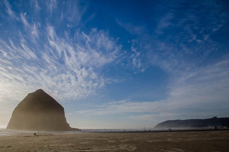 Westkueste USA Tipp: Der Haystack Rock am Cannon Beach in Oregon <i>Foto: ©Synke Nepolsky</i>