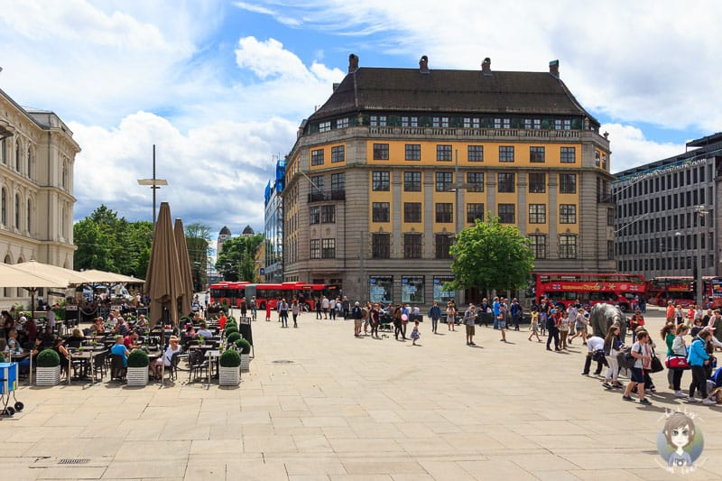 Der Bahnhofsvorplatz in Oslo