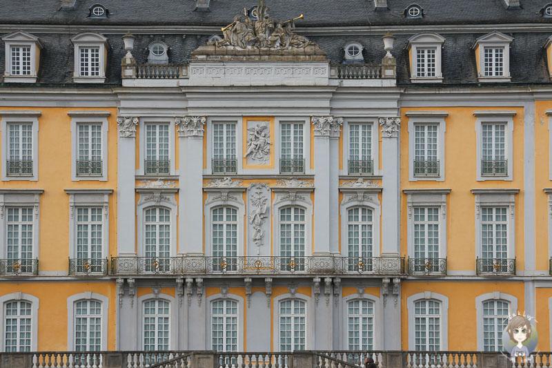 Die Fassade vom Schloss Brühl