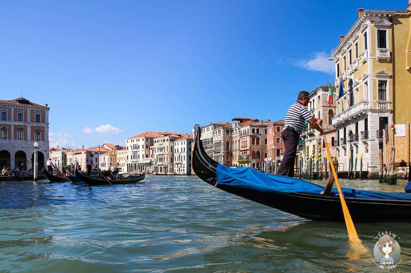 Eine Gondelfahrt durch Venedig