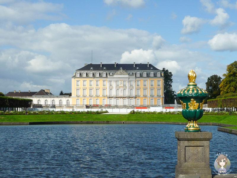 Schloss Augustusburg in Brühl im Sommer