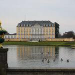 Ausflugstipp • Spaziergang am Schloss Brühl