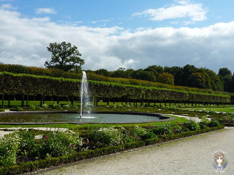 Der Schlosspark Brühl im Sommer