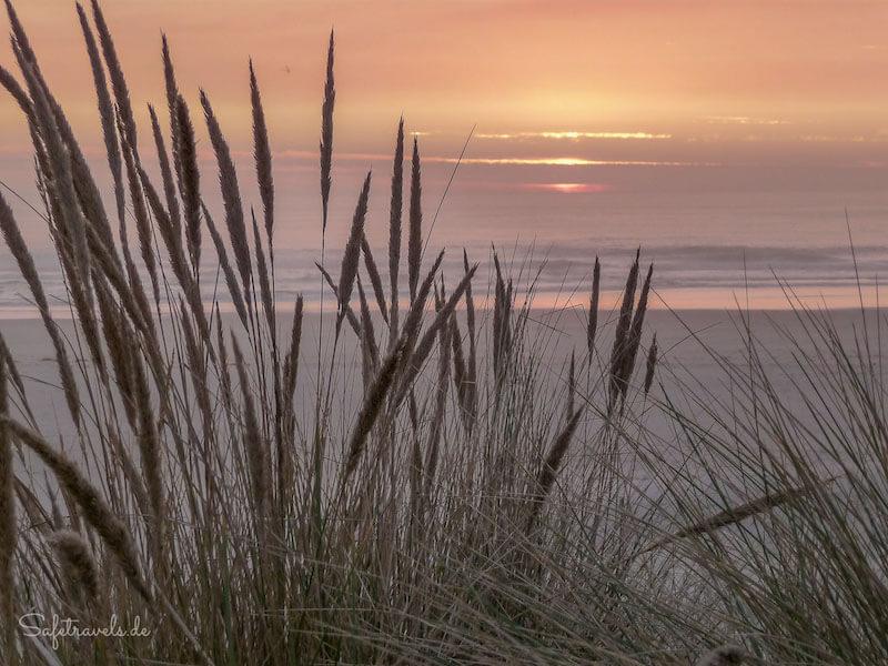 Westküste USA Tipp: Sonnenuntergang am Umpqua Beach <i>Foto: ©Silke Weidemann & Markus Ramm</i>