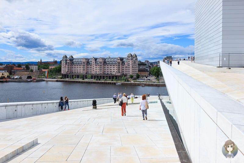 Das Dach von der Oper in Oslo